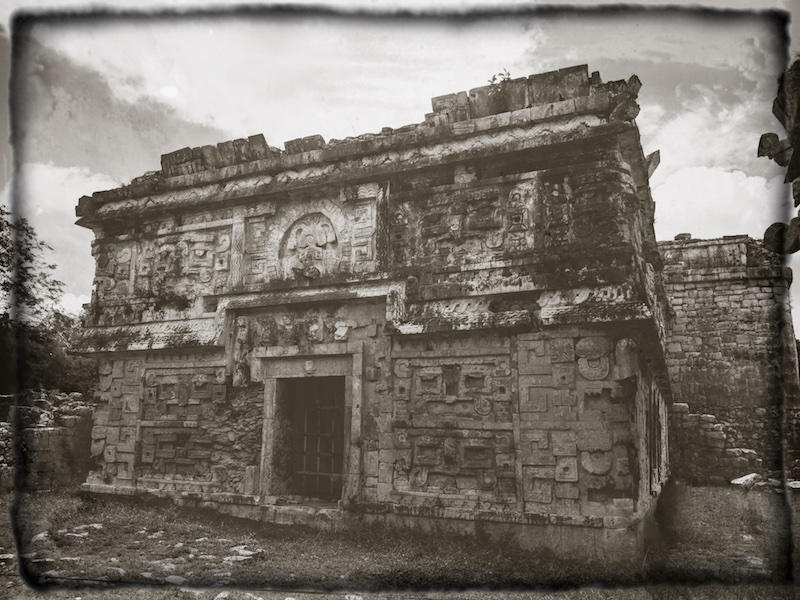 The temple in Chichen Itza in black and white view